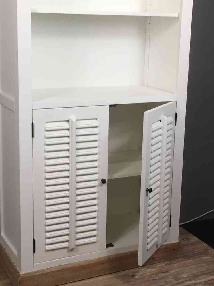 Landelijke boekenkast, wit , shutters, 100 cm  AW1023A   Ans Woonshop