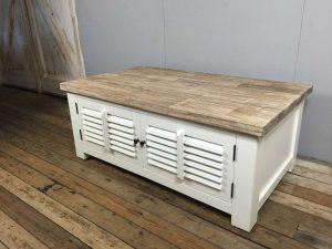 Landelijke salontafel wit shutters