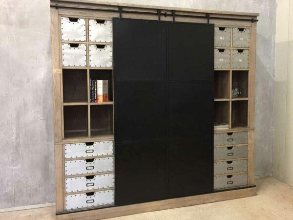 Industriele Kast Metaal : Industriële kast met ijzeren schuifdeuren ans woonshop